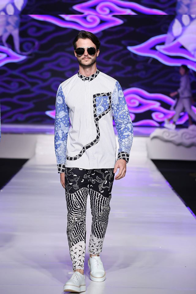 Ivan Gunawan Batik Fashion - model baju batik Iwan Gunawan Di Jakarta Fashion & Food Festival 2016
